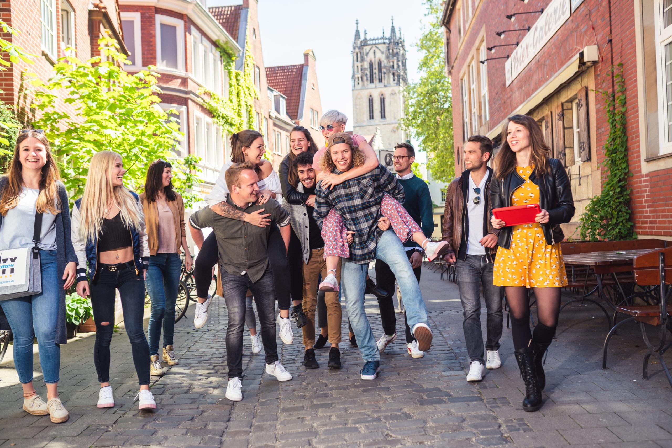 CityGames Student Tour: Gruppe Studenten - beschwingt und glücklich